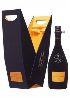 шампанское Veuve Clicquot La Grande Dame Brut в Duty Free купить с доставкой в Санкт-Петербурге