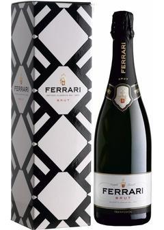 игристое вино Ferrari, Brut, in gift box в Duty Free купить с доставкой в Санкт-Петербурге