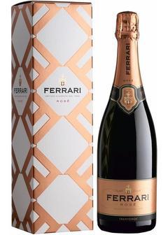игристое вино Ferrari Brut Rose, in gift box в Duty Free купить с доставкой в Санкт-Петербурге