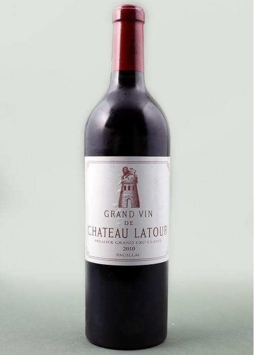 вино Chateau Latour 2010 в Duty Free купить с доставкой в Санкт-Петербурге